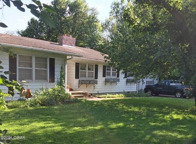 1016 E 13th Street, Carthage, MO 64836 (MLS #211930) :: Davidson Group