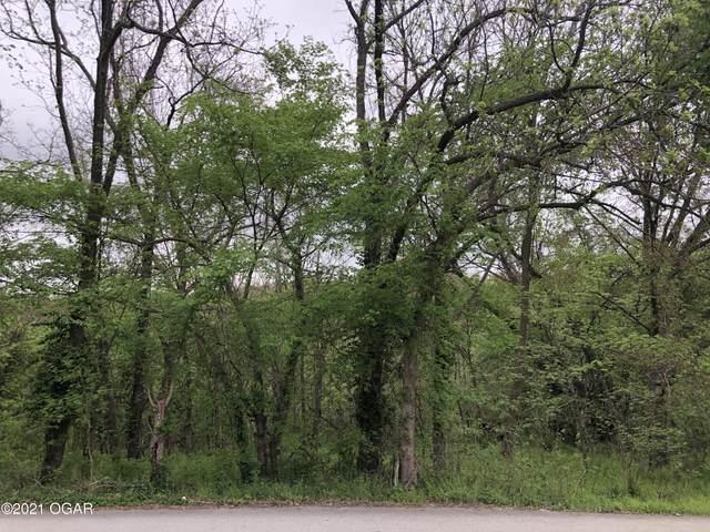 607 Osage Street, Seneca, MO 64865 (MLS #211961) :: Davidson Group
