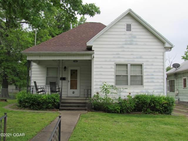 712 W 3rd Street, Webb City, MO 64870 (MLS #212088) :: Davidson Group