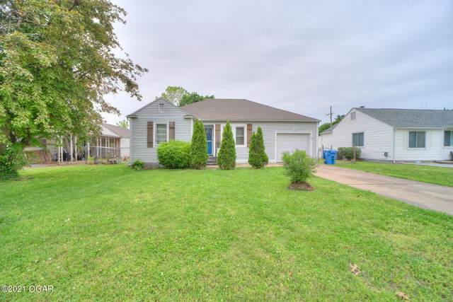 1710 Hillcrest Drive, Carthage, MO 64836 (MLS #212122) :: Davidson Group