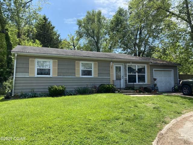 1418 Hillcrest Terrace, Neosho, MO 64850 (MLS #212138) :: Davidson Group