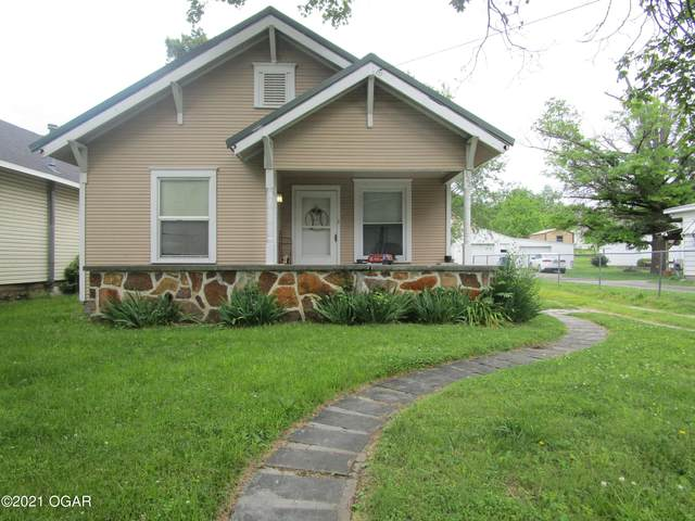 322 N Francis Street, Carthage, MO 64836 (MLS #212341) :: Davidson Group