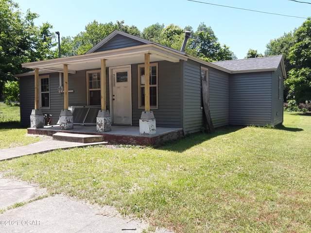 522 N Kentucky Street, Carterville, MO 64835 (MLS #212880) :: Davidson Group