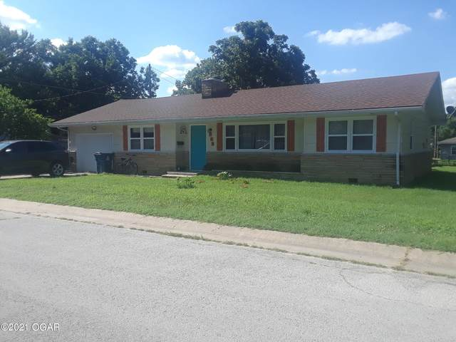 700 Boyd Street, Neosho, MO 64850 (MLS #213293) :: Davidson Group