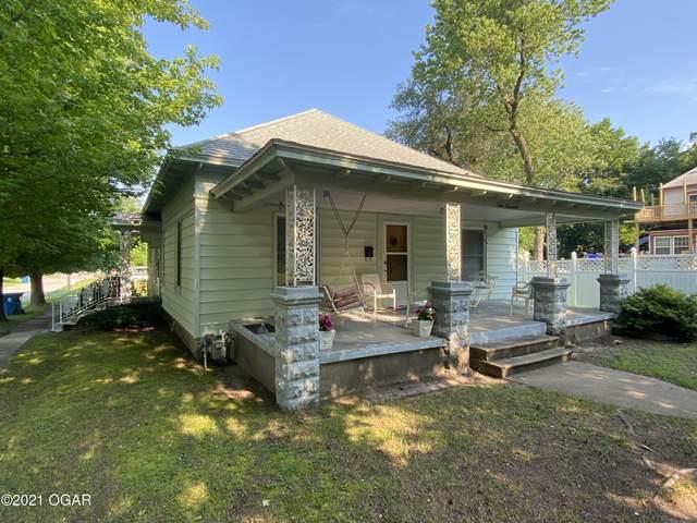 400 N Cass Street, Carterville, MO 64835 (MLS #213476) :: Davidson Group