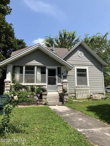 1728 S Garrison Avenue, Carthage, MO 64836 (MLS #213627) :: Davidson Group