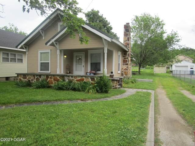 322 N Francis Street, Carthage, MO 64836 (MLS #213634) :: Davidson Group