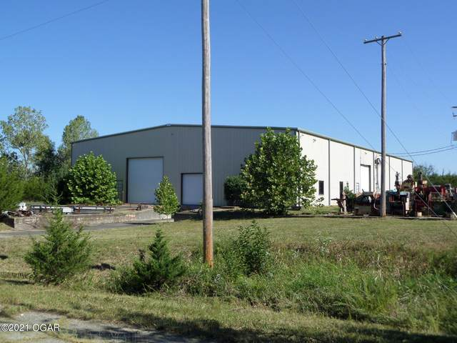 990 Francis Drive, Neosho, MO 64850 (MLS #214494) :: Davidson Group