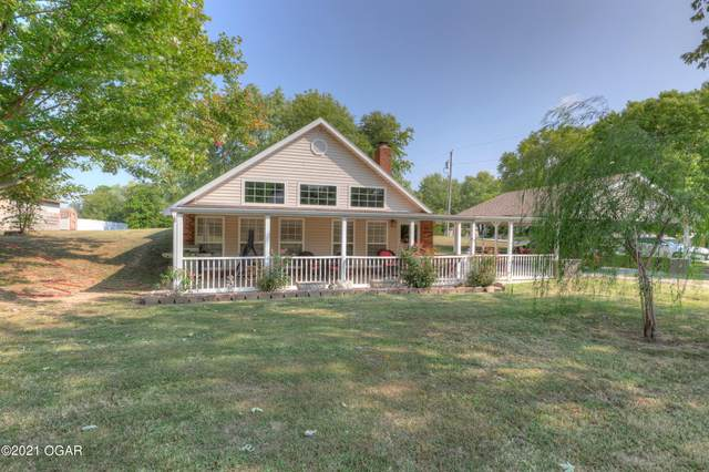 1748 Ginny Lane, Webb City, MO 64870 (MLS #214629) :: Davidson Group