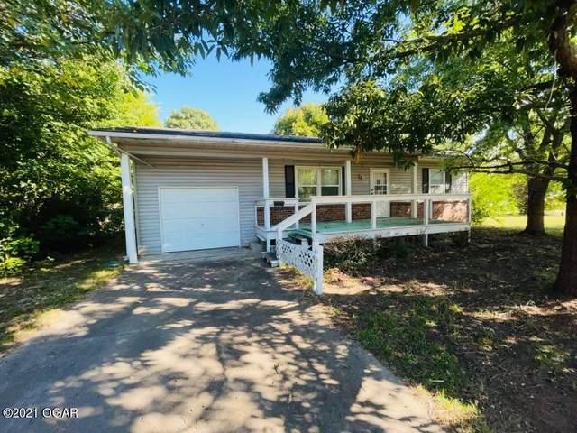 405 E 6 Street, Oswego, KS 67356 (MLS #214654) :: Davidson Group