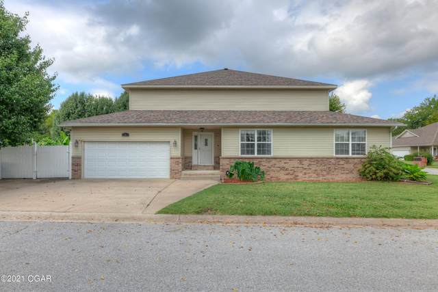906 Briarview Drive, Carl Junction, MO 64834 (MLS #214956) :: Davidson Group