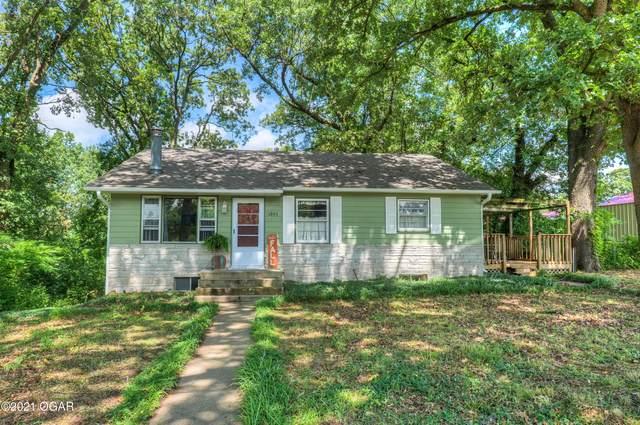 1893 W Mound Street, Carthage, MO 64836 (MLS #215176) :: Davidson Group