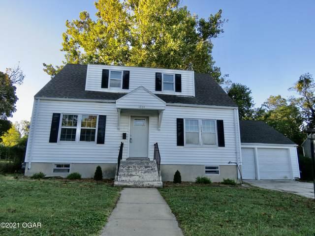 1334 W Central Avenue, Carthage, MO 64836 (MLS #215215) :: Davidson Group