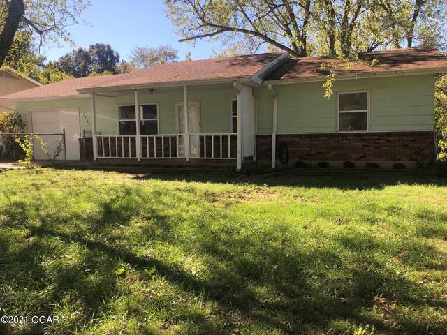 1802 Garland Douglas Drive, Neosho, MO 64850 (MLS #215229) :: Davidson Group