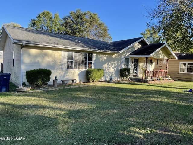 1610 Cherokee Avenue, Baxter Springs, KS 66713 (MLS #215241) :: Davidson Group