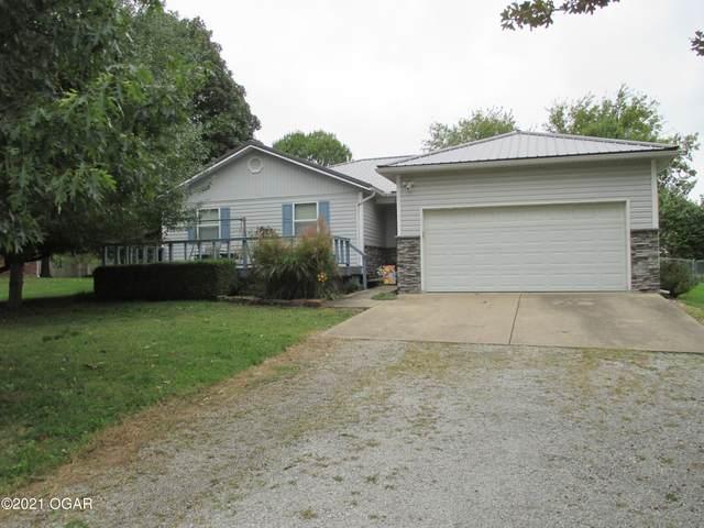 1631 Robertson Avenue, Carthage, MO 64836 (MLS #215246) :: Davidson Group