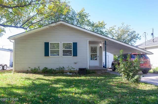 1420 S Jefferson, Webb City, MO 64870 (MLS #215372) :: Davidson Group