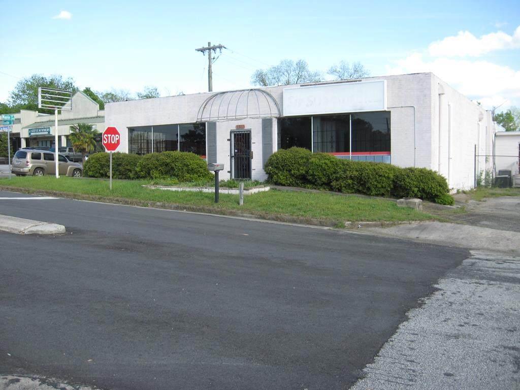 1311 John C Calhoun Drive - Photo 1