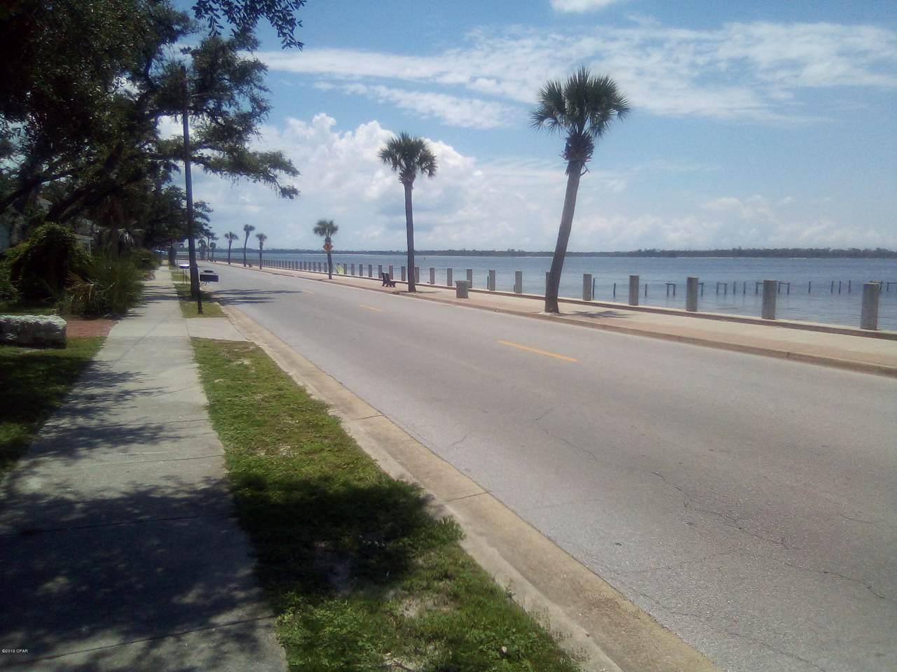 401 Beach Drive - Photo 1