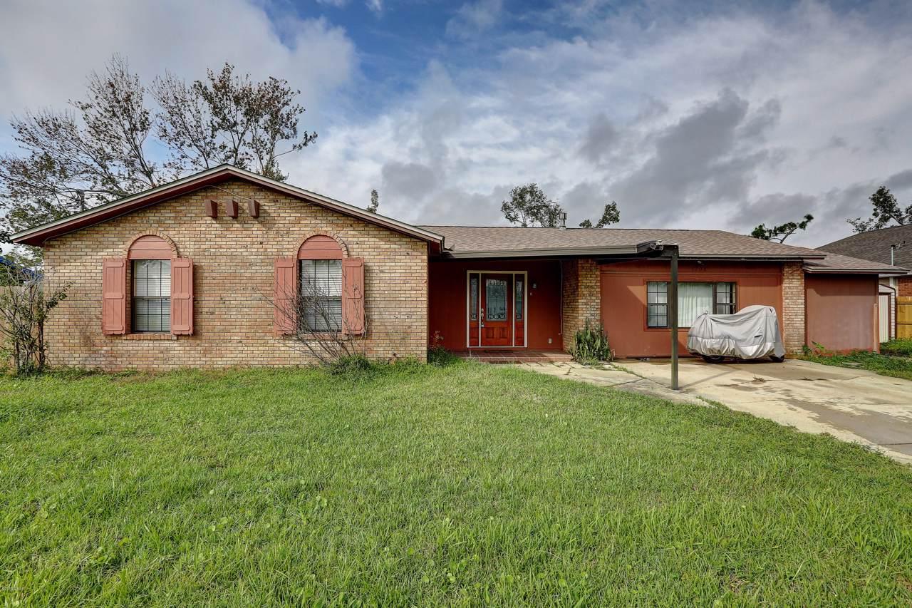1208 Texas Avenue - Photo 1