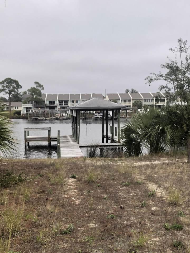 8128 Lagoon Drive - Photo 1
