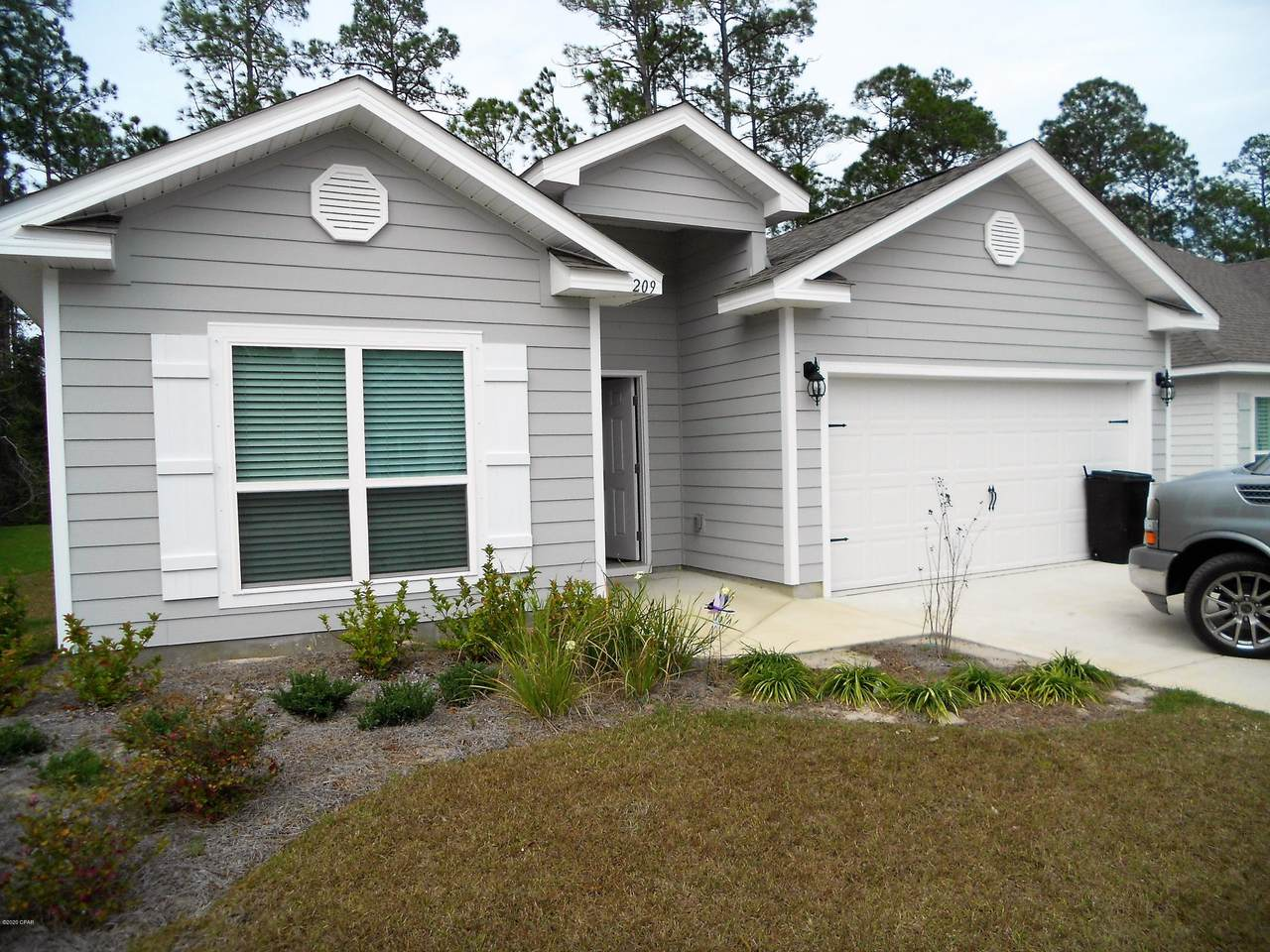 209 Southern Pines Road - Photo 1