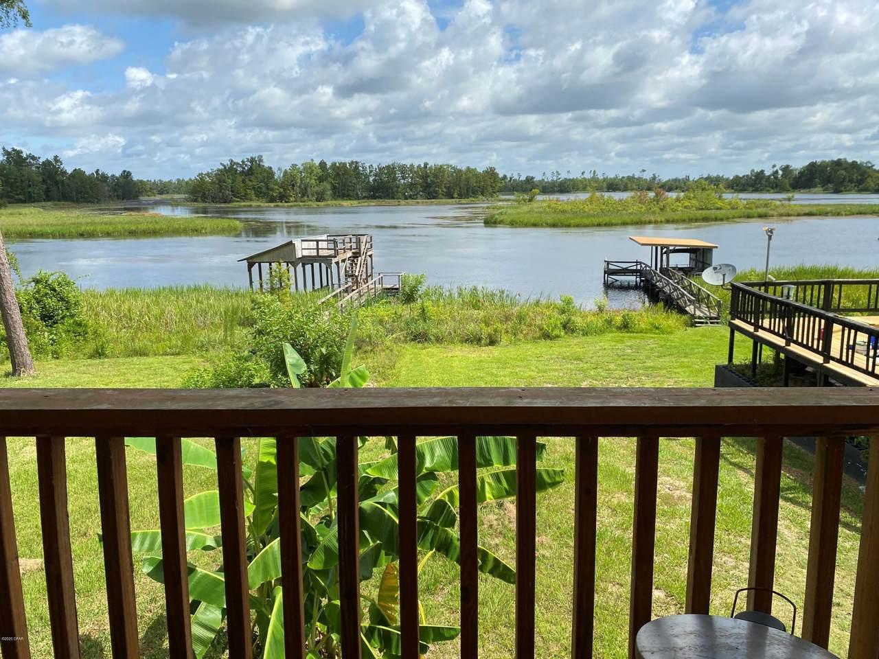 7806 Lake Seminole Road - Photo 1