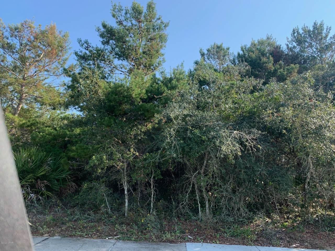 428 Lakefront Drive - Photo 1