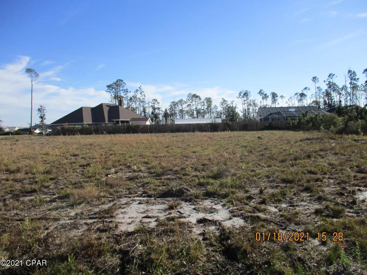532 Shoreline Drive - Photo 1