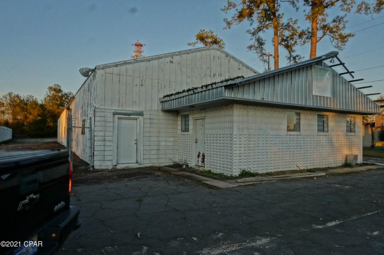 3950 Old Cottondale Road - Photo 1
