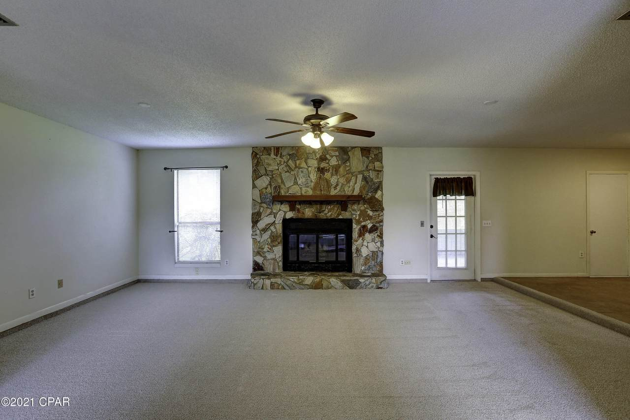 132 Derby Woods Drive - Photo 1