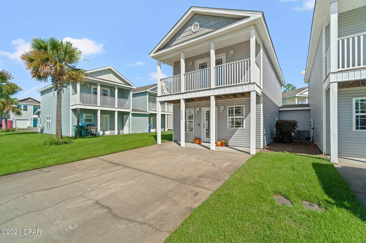 2125 Sterling Cove Boulevard - Photo 1