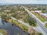 1029 Caroline Boulevard - Photo 3