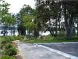 1112 Cove Pointe Drive - Photo 3