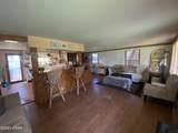 2425 Valley Oak Court - Photo 2