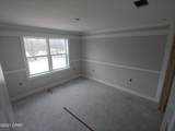 13750 Windsor Avenue - Photo 9
