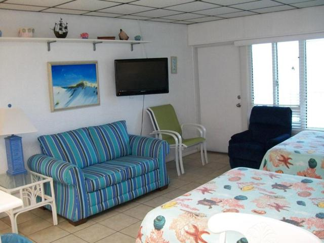 15413 Front Beach #205, Panama City Beach, FL 32413 (MLS #664229) :: Scenic Sotheby's International Realty