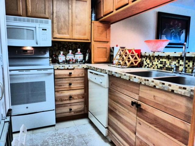 520 N Richard Jackson Boulevard #1703, Panama City Beach, FL 32407 (MLS #667933) :: ResortQuest Real Estate