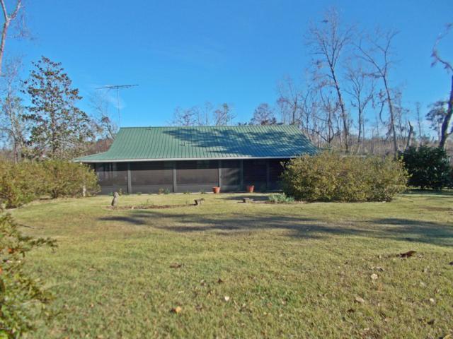 1311 Arkansas Lane, Grand Ridge, FL 32442 (MLS #678365) :: Keller Williams Emerald Coast