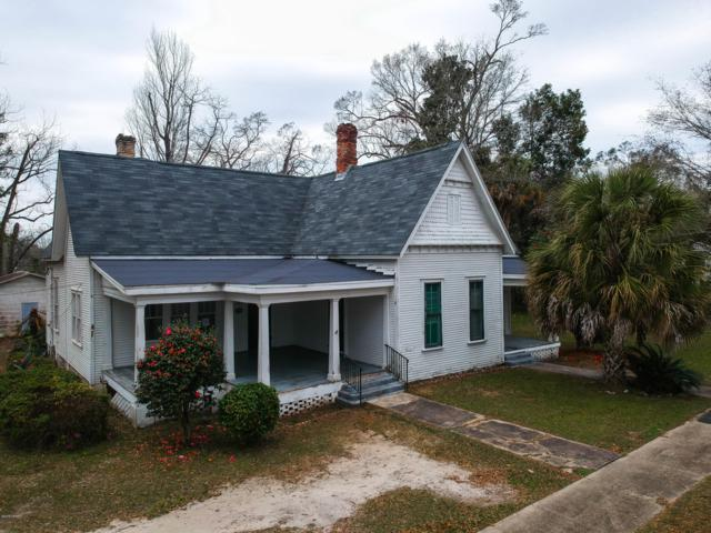 716 3rd Street, Chipley, FL 32428 (MLS #680524) :: The Prouse House | Beachy Beach Real Estate