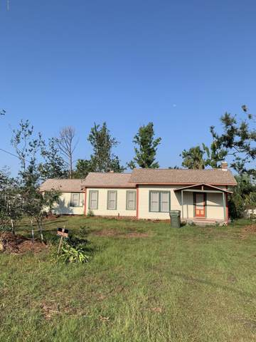 208 New York Avenue, Lynn Haven, FL 32444 (MLS #688894) :: Counts Real Estate Group