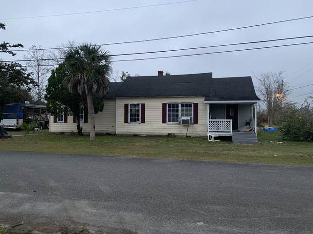 310 E 6th Street, Lynn Haven, FL 32444 (MLS #694693) :: Counts Real Estate Group