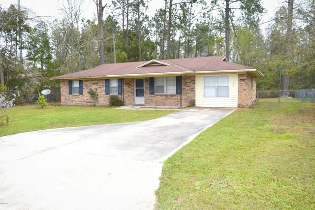 735 Gilbert Drive, Chipley, FL 32428 (MLS #695194) :: ResortQuest Real Estate