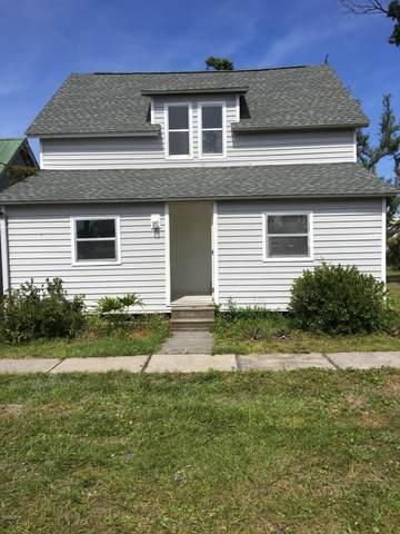 1116 Michigan Avenue, Lynn Haven, FL 32444 (MLS #697638) :: Team Jadofsky of Keller Williams Success Realty