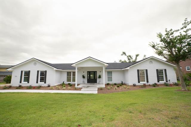 1313 N Bay Drive, Lynn Haven, FL 32444 (MLS #697813) :: Team Jadofsky of Keller Williams Success Realty
