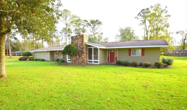 1189 10th Avenue, Graceville, FL 32440 (MLS #702487) :: Vacasa Real Estate