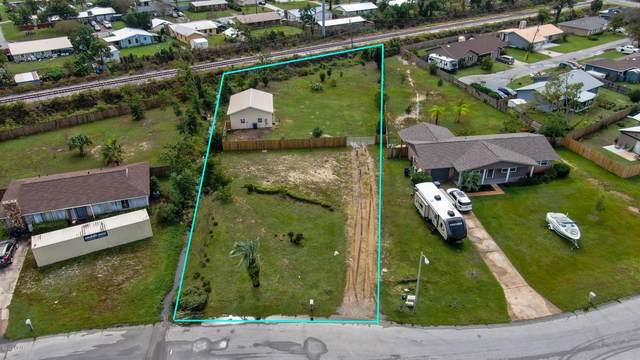 2803 W 21st Court, Panama City, FL 32405 (MLS #703962) :: The Ryan Group