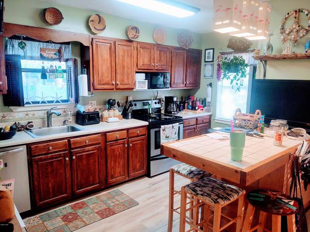 21410 Hilltop Avenue, Panama City Beach, FL 32413 (MLS #704575) :: Counts Real Estate Group