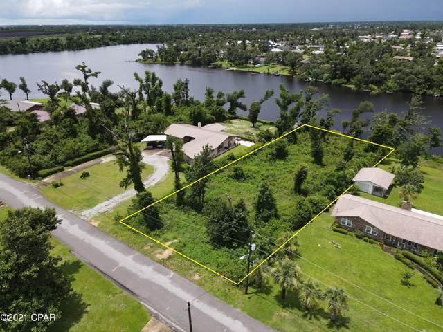 4819 S Lakewood Drive, Panama City, FL 32404 (MLS #714315) :: Scenic Sotheby's International Realty