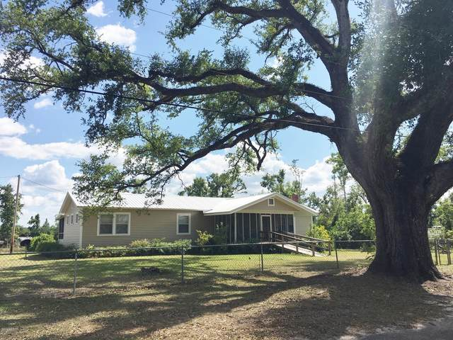 2437 2nd Avenue, Alford, FL 32420 (MLS #693980) :: Counts Real Estate Group, Inc.